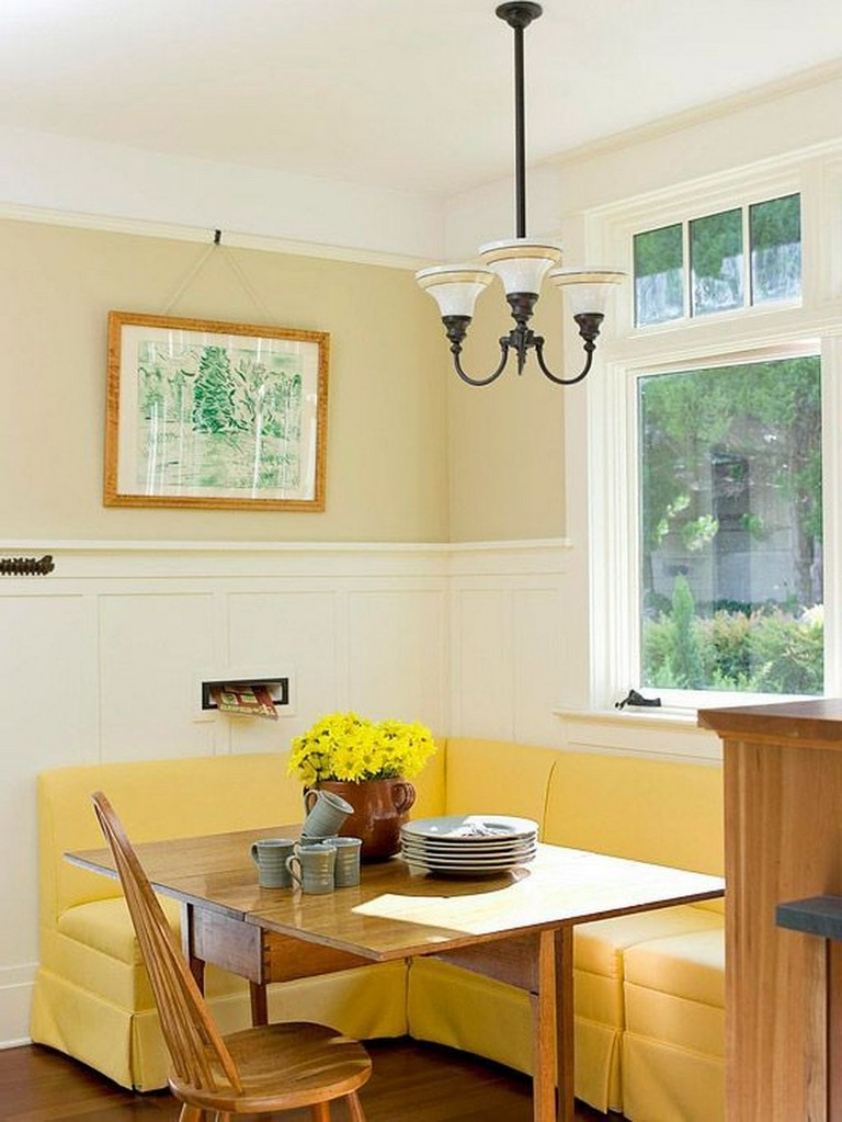 banquette bench seatting with hanglam decoration | 40+ Elegant Farmhouse Banquette Seating In Kitchen Decor Ideas